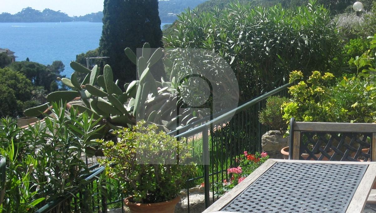 Appartamento vista mare e Portofino, 120 mq su due piani con box